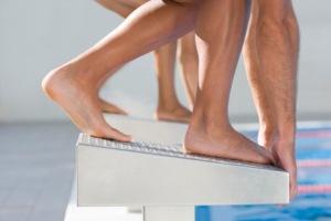pies-natación